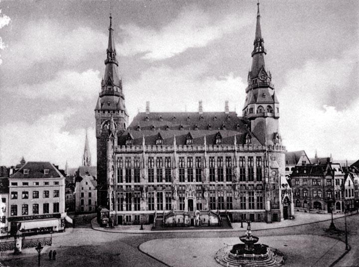 Aachen_Rathaus_exterior