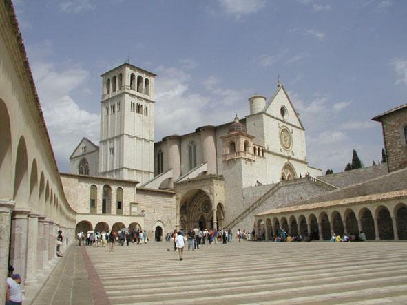 Assisi_San_Francesco_exterior