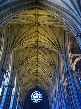 Bristol_cathedral_nave_vault