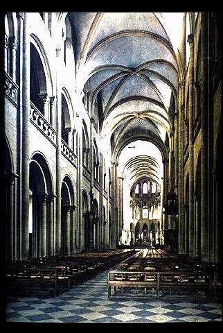 Caen_St_Etienne_nave