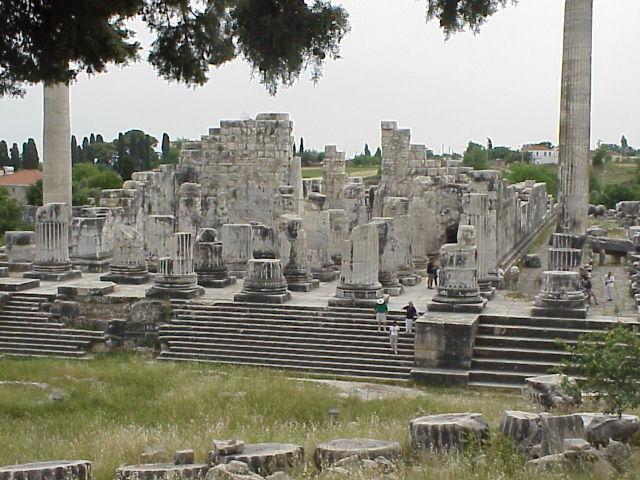 Didyma_Temple_of_Apollo