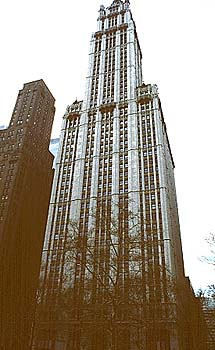 Gilbert_Woolworth_building_1913