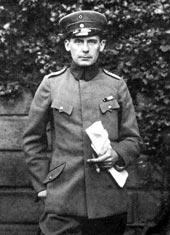 Gropius_Cavalary_Officer_WWI