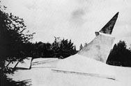 Gropius_Monument_Weimar_1921