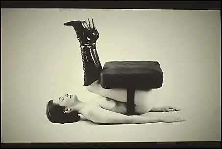 Jemima_Stehli_Chair_1997-8