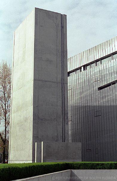 Libeskind_Holocaust_Void