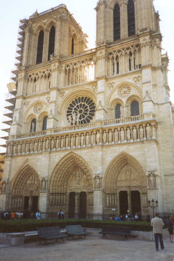 Art history by laurence shafe paris notre dame art history for Exterior notre dame
