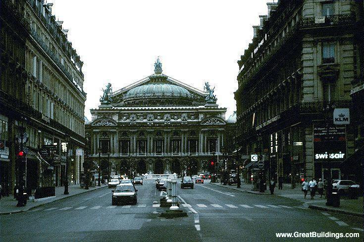 Paris_Opera_House_Charles_Gamier