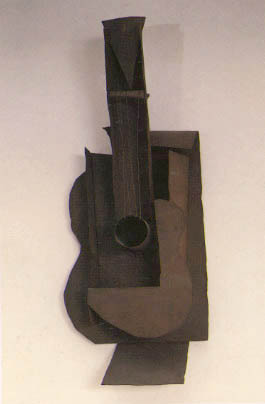 Picasso_Guitar_wire_and_metal_construction_1912