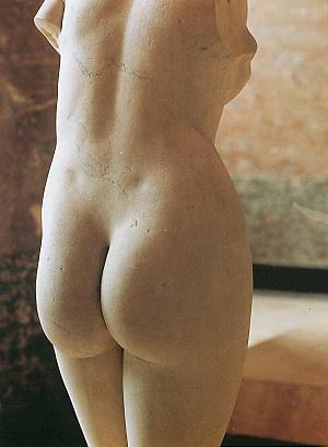 Praxiteles_Aphrodite_of_Cnidos_rear_view