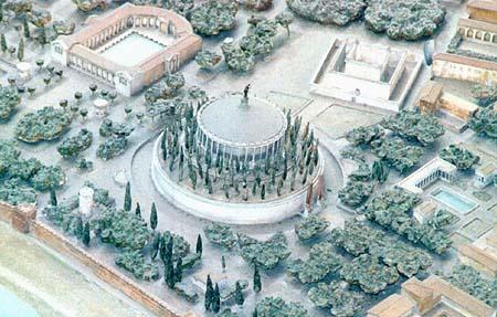 Rome_Mausoleum_of_Augustus_model