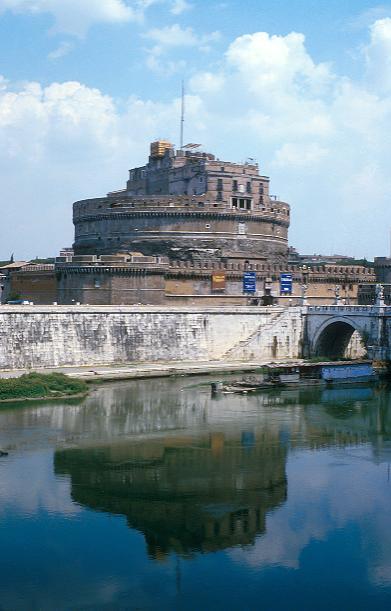 Rome_Mausoleum_of_Hadrian