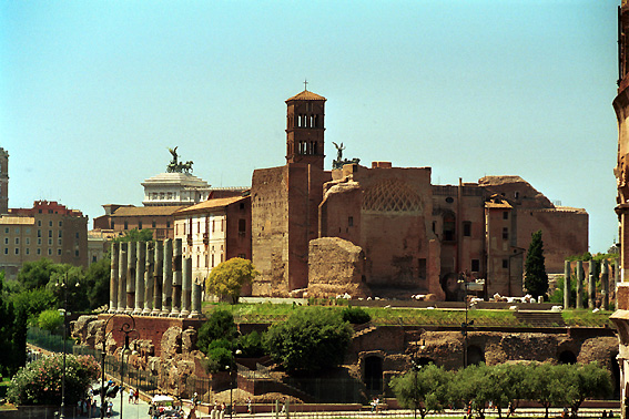 Rome_Temple_of_Venus_and_Rome