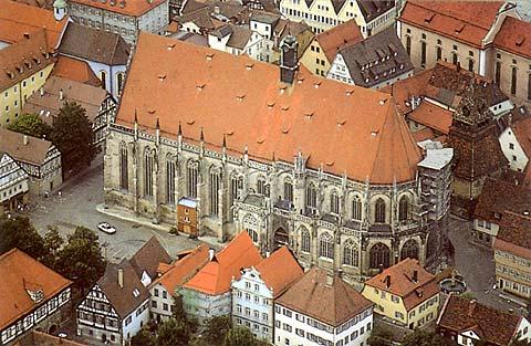 Schwabisch_Gmund_Heilig_Kreuz_Munster_aerial_view