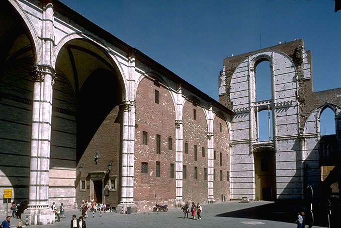 Siena_Duomo_new_nave