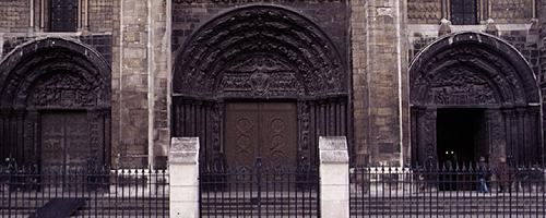 St_Denis_west_facade
